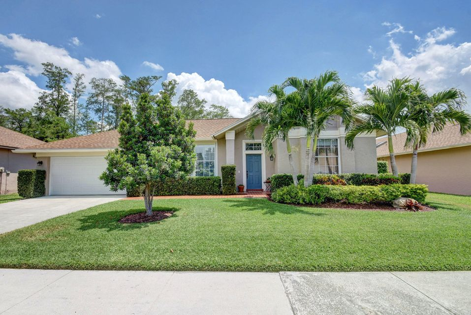 3604 Cypress Wood Court  Lake Worth, FL 33467