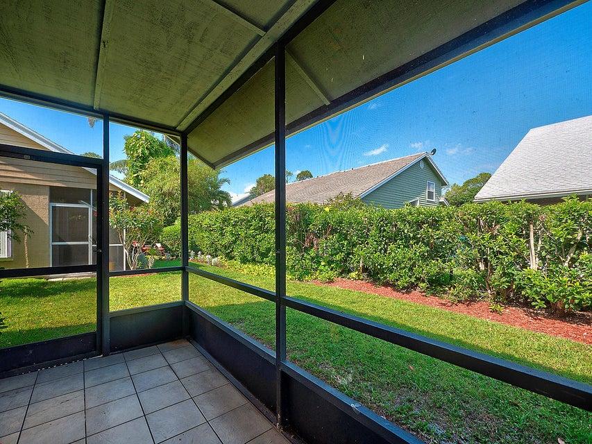 921 Honeytree Lane A Wellington, FL 33414 photo 12