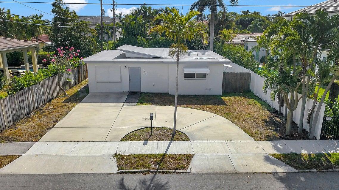 7514 Washington Road  West Palm Beach, FL 33405