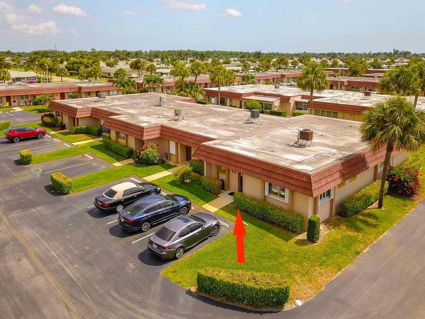 5725 Fernley E Drive 10  West Palm Beach, FL 33415