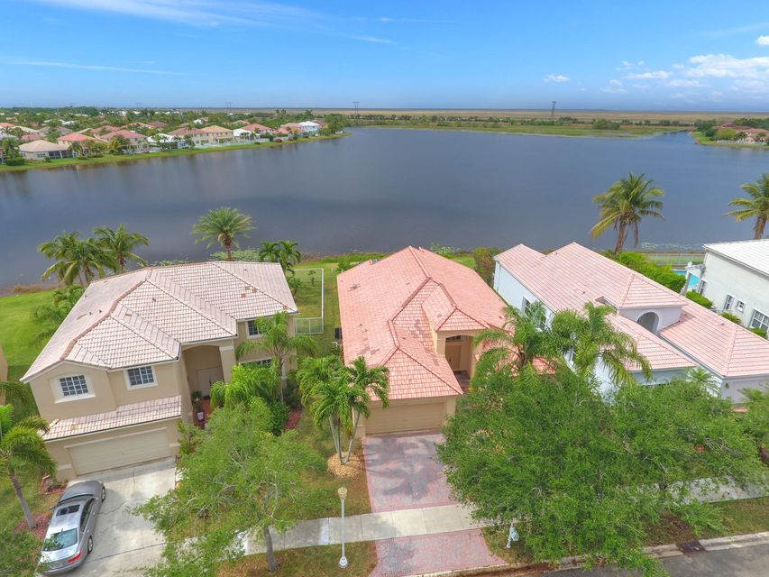 Home for sale in SECTOR 3 - PARCELS C D E F & G Weston Florida