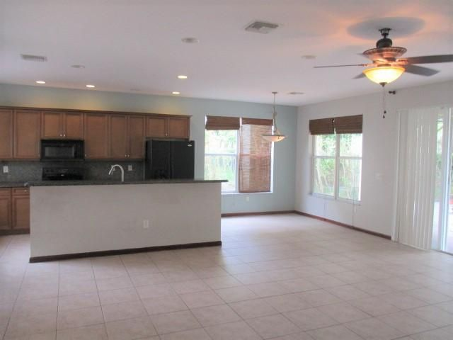 2784 Shaughnessy Drive Wellington, FL 33414 photo 5