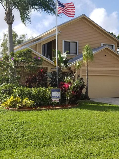 6238 Lauderdale Street , Jupiter FL 33458 is listed for sale as MLS Listing RX-10422464 20 photos