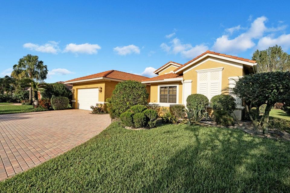 10444 Tivoli Lakes Boulevard  Boynton Beach FL 33437