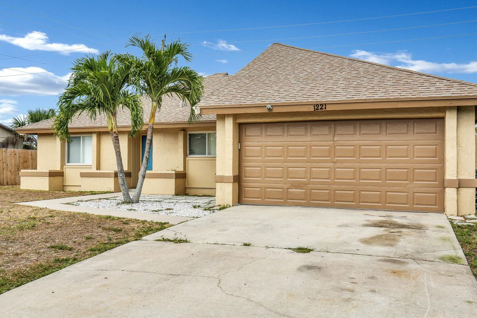 1221 Fernlea Drive  West Palm Beach, FL 33417