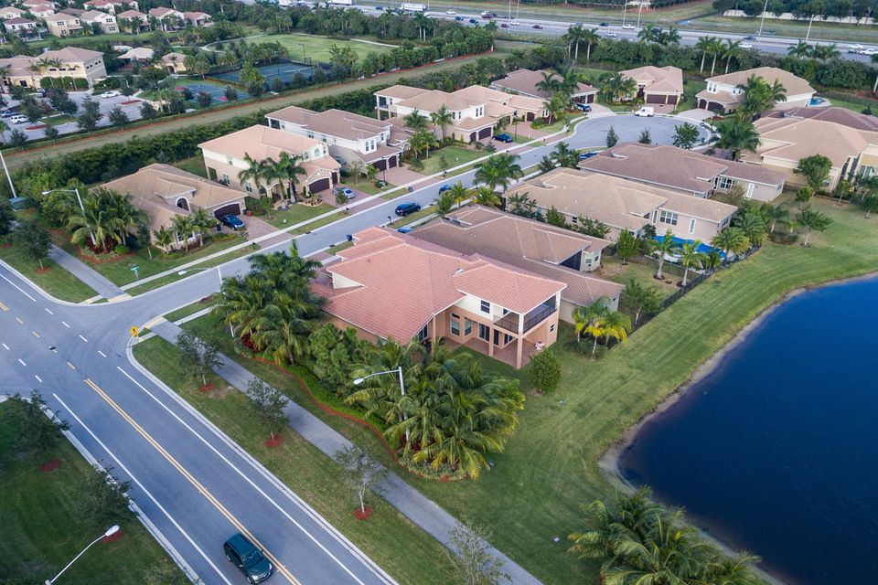 8156 Viadana Bay Avenue Boynton Beach, FL 33473 - photo 44