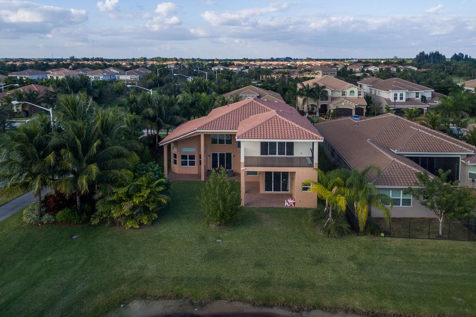 8156 Viadana Bay Avenue Boynton Beach, FL 33473 - photo 46