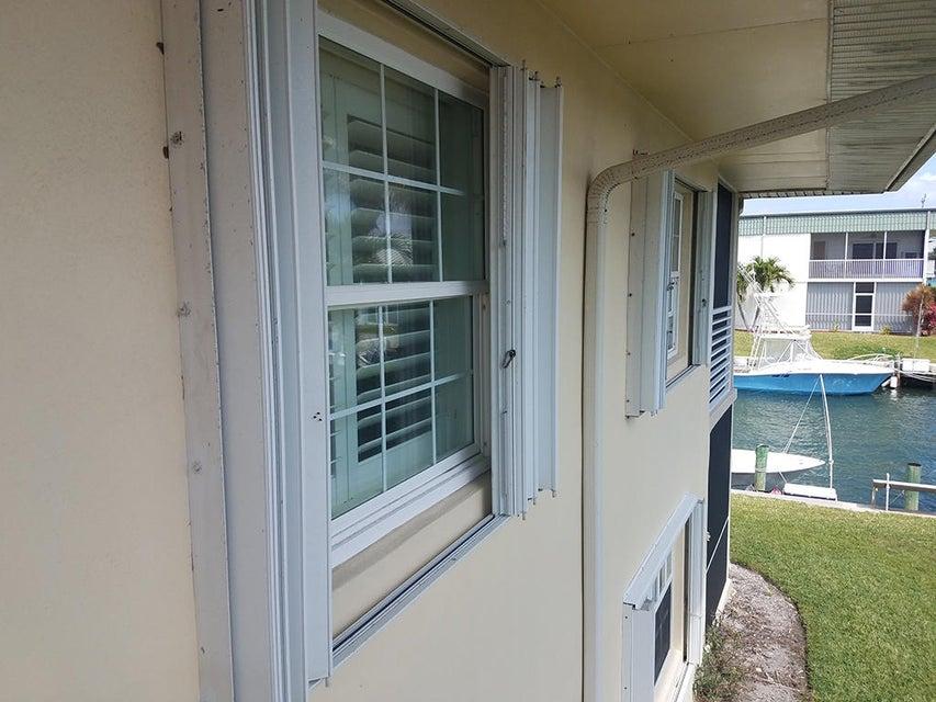 117 Lehane Terrace 212  North Palm Beach FL 33408