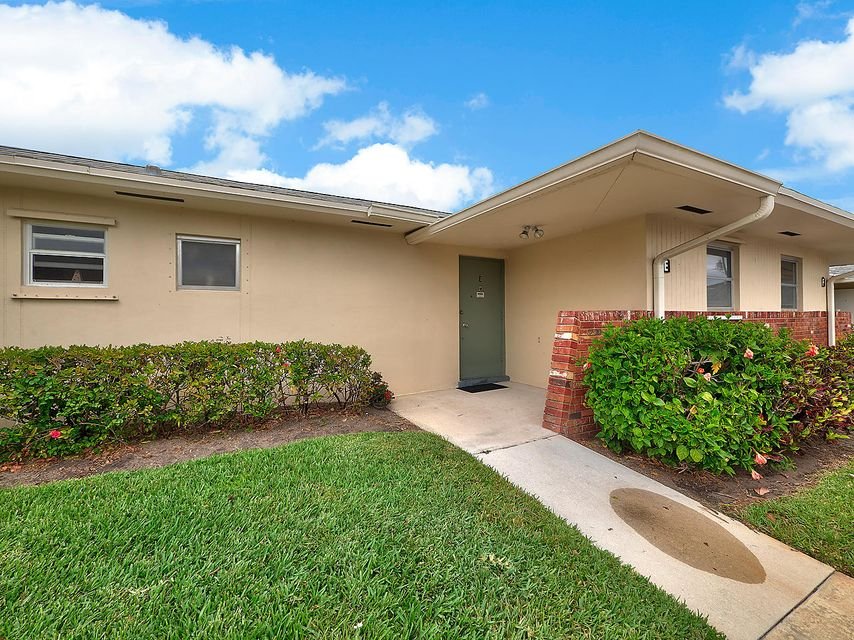 2770 E Ashley Drive E  West Palm Beach, FL 33415
