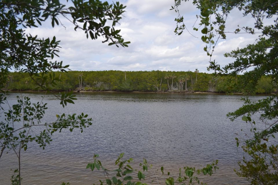 166 SE Via Lago Garda - Port St Lucie, Florida