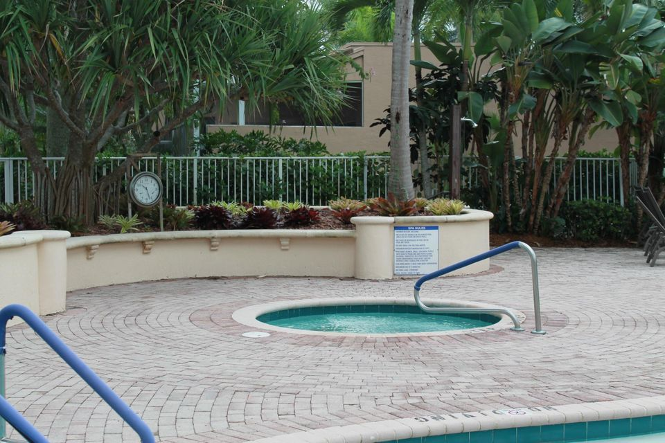 7676 Jasmine Court West Palm Beach, FL 33412 photo 16