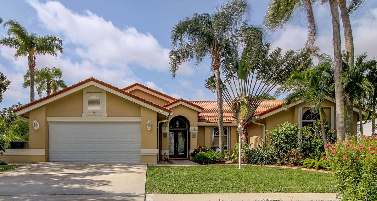 105 Kings Way  Royal Palm Beach, FL 33411 photo 1