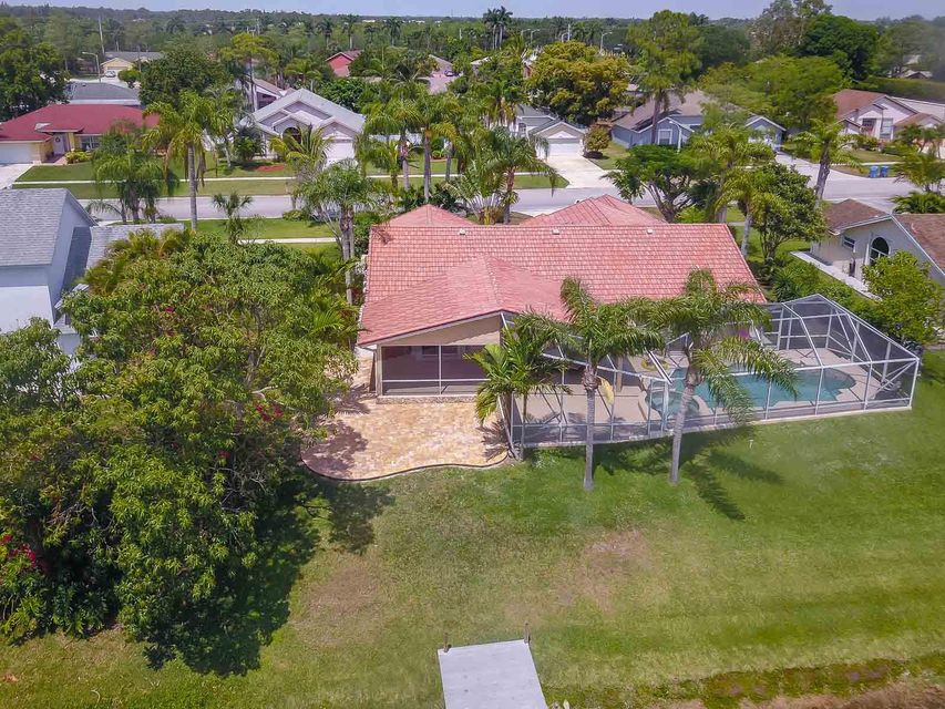 105 Kings Way  Royal Palm Beach, FL 33411 photo 27