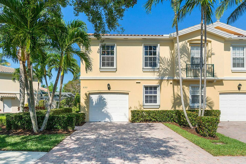 233 Fortuna Drive , Palm Beach Gardens FL 33410 is listed for sale as MLS Listing RX-10422689 33 photos