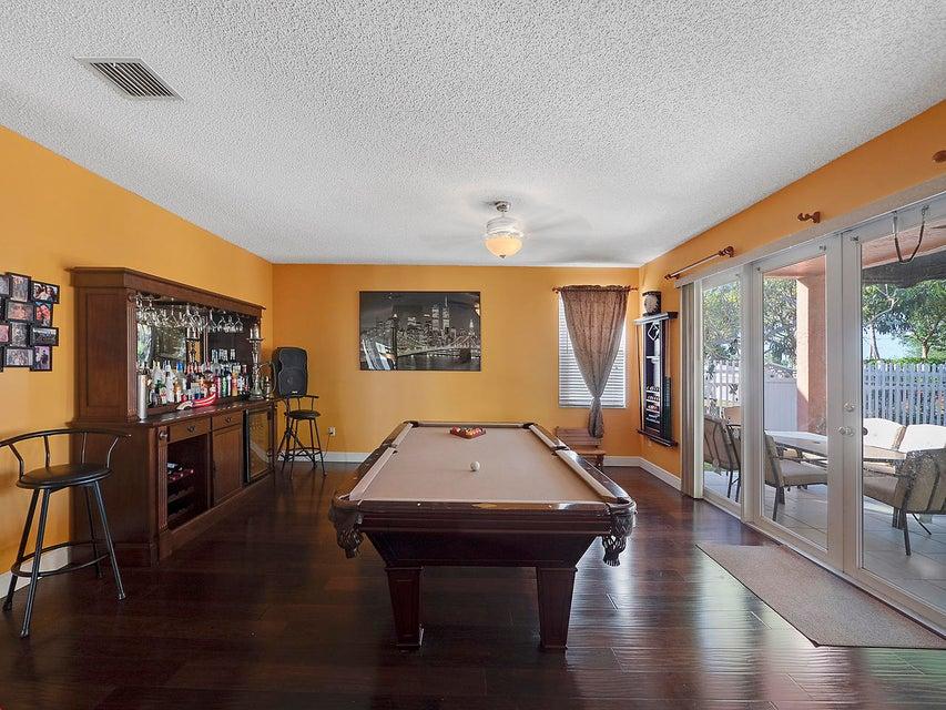 2511 Glendale Drive Royal Palm Beach, FL 33411 photo 5
