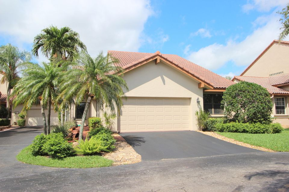 23471 Water Circle  Boca Raton FL 33486