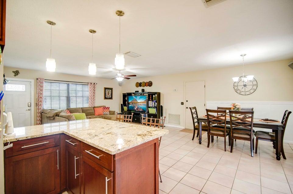 103 W Palmetto Road Lake Worth, FL 33467 photo 17