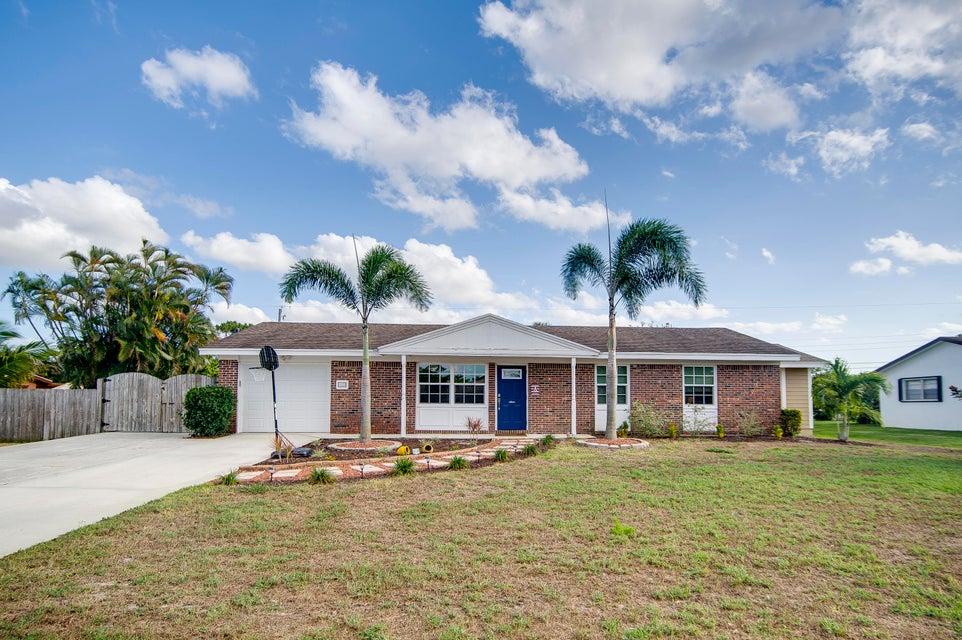 103 W Palmetto Road Lake Worth, FL 33467 photo 3