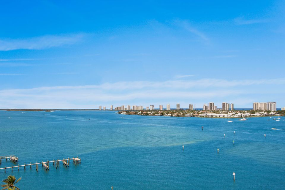 2650 Lake Shore Drive 1105  Riviera Beach FL 33404