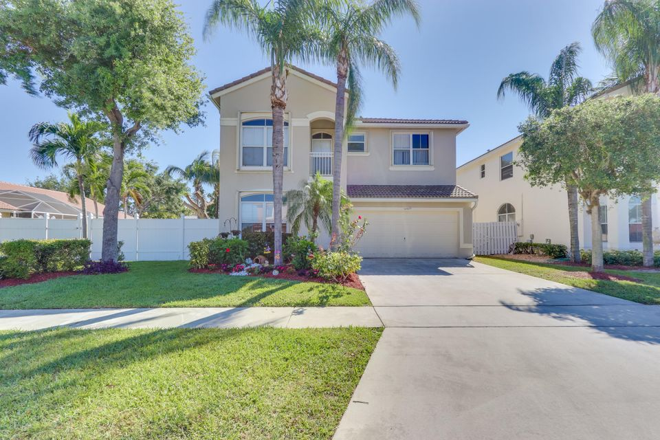 5097 Prairie Dunes Village Circle  Lake Worth, FL 33463