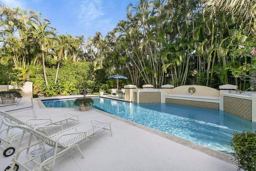 243  Merrain Road , Palm Beach FL 33480 is listed for sale as MLS Listing RX-10423054 photo #3