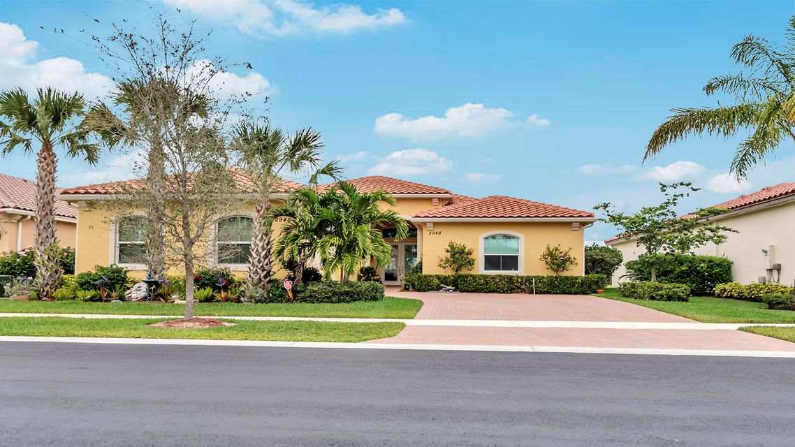 2948 Bellarosa Circle Royal Palm Beach, FL 33411 photo 38