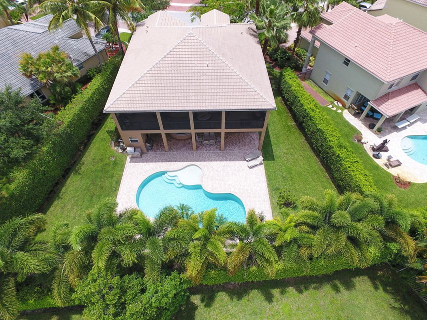 9567  Barletta Winds Point is listed as MLS Listing RX-10423104 with 52 pictures