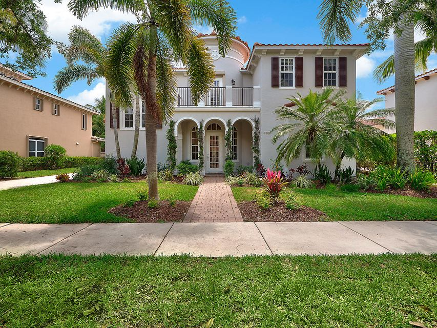 New Home for sale at 136 Segovia Way in Jupiter