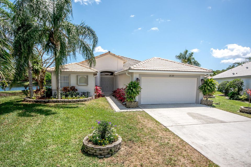 2539 Egret Lake Drive  West Palm Beach, FL 33413