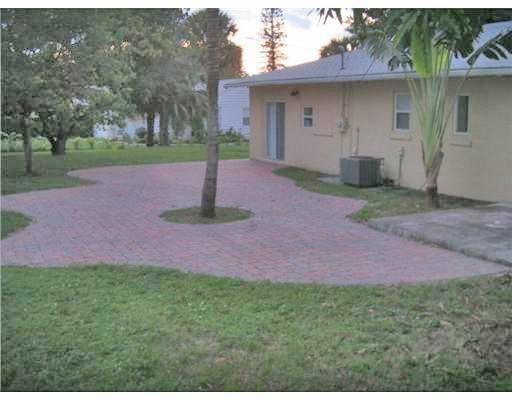 936 Upland Road West Palm Beach, FL 33401 small photo 46