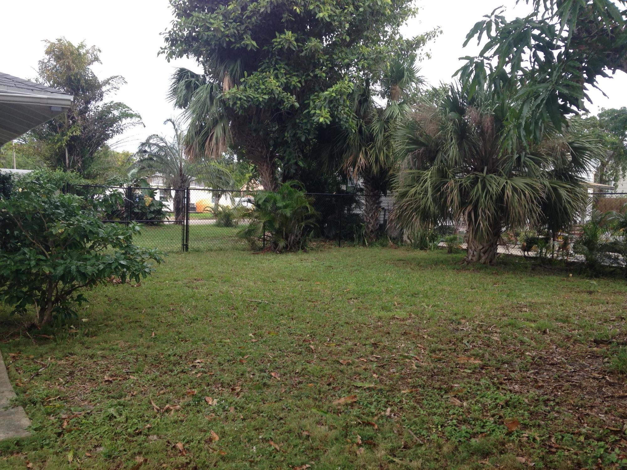 936 Upland Road West Palm Beach, FL 33401 photo 36