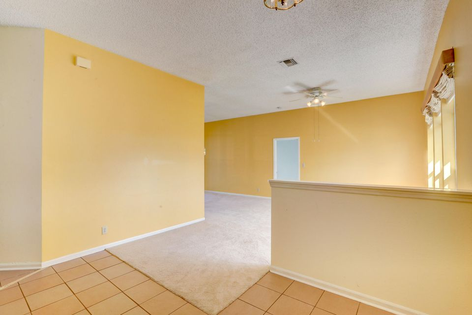 2014 Portland Avenue Wellington, FL 33414 photo 4