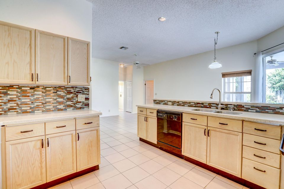 2014 Portland Avenue Wellington, FL 33414 photo 12