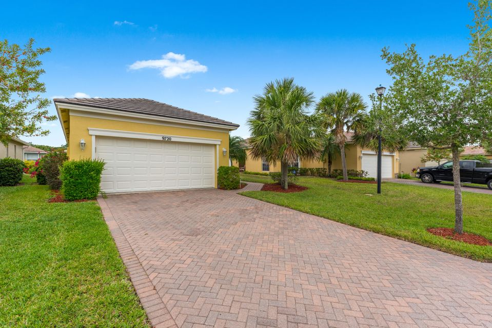 9720 SW Eastbrook Circle is listed as MLS Listing RX-10423191 with 31 pictures