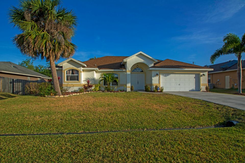 971 SW Mchord Avenue is listed as MLS Listing RX-10423287 with 35 pictures