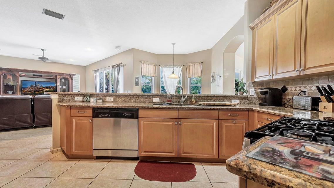 4090 Cedar Creek Ranch Circle Lake Worth, FL 33467 photo 12