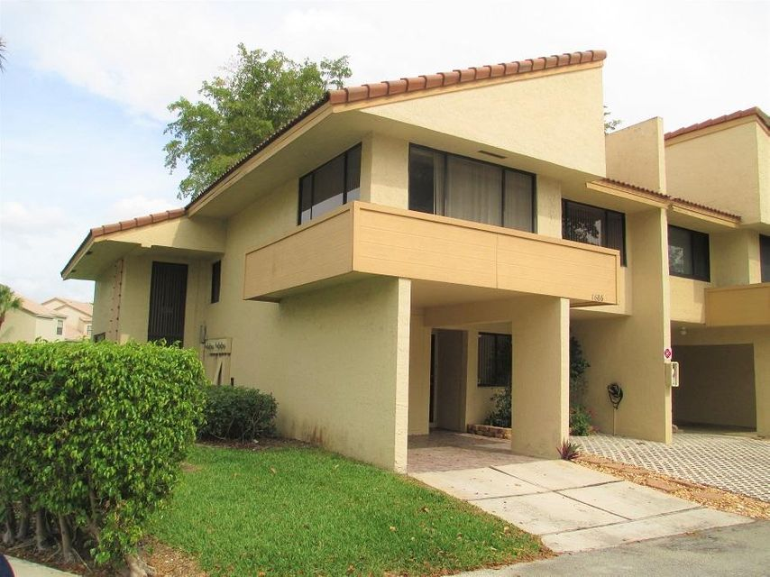 Home for sale in CYPRESS POINTE CONDO Coral Springs Florida