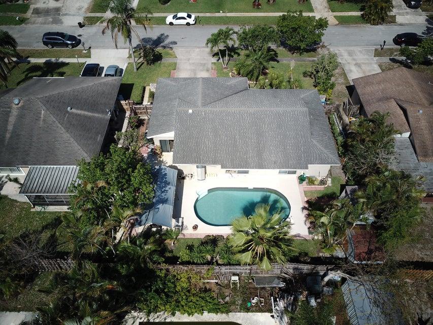 1088 Fernlea Drive West Palm Beach, FL 33417 photo 5