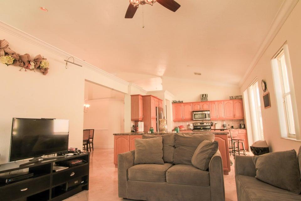 7771 Thornlee Drive Lake Worth, FL 33467 photo 4
