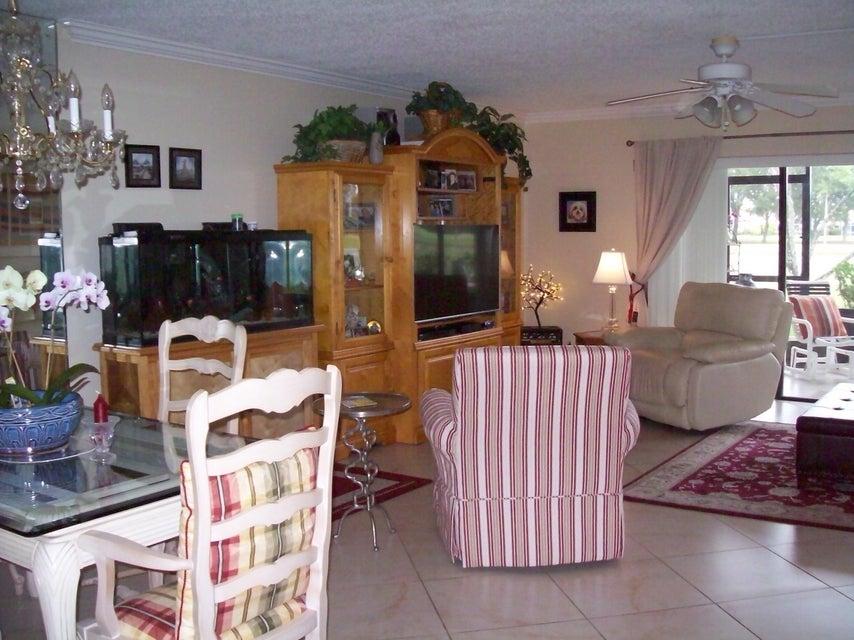 12870 Briarlake Drive 106 West Palm Beach, FL 33418 photo 5