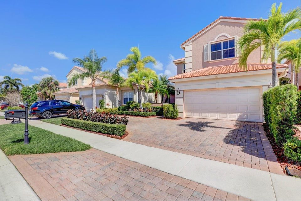 185 Isle Verde Way Palm Beach Gardens, FL 33418 photo 4