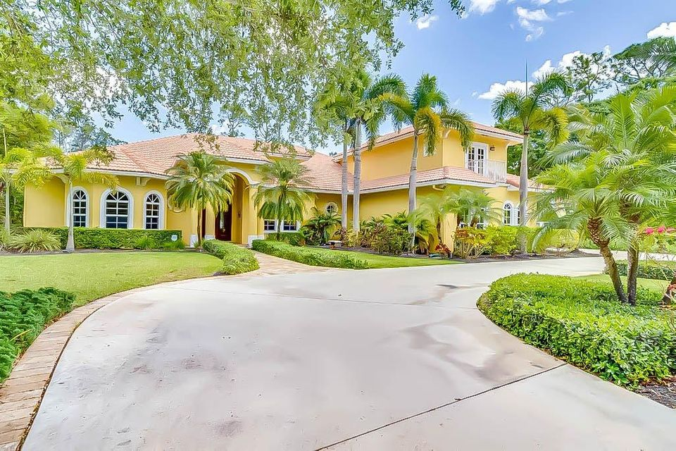 Home for sale in Paddock Park 1 Wellington Florida