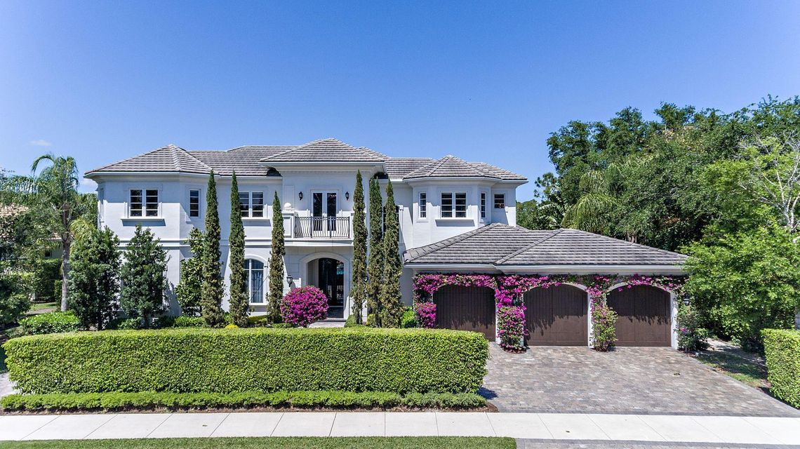 101 Via Palacio , Palm Beach Gardens FL 33418 is listed for sale as MLS Listing RX-10423730 71 photos