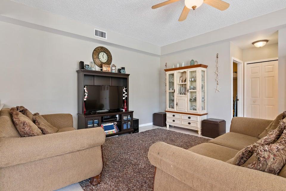 15110 Oak Chase Court Wellington, FL 33414 photo 10
