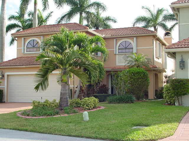 9140  Villa Portofino Circle is listed as MLS Listing RX-10423708 with 18 pictures