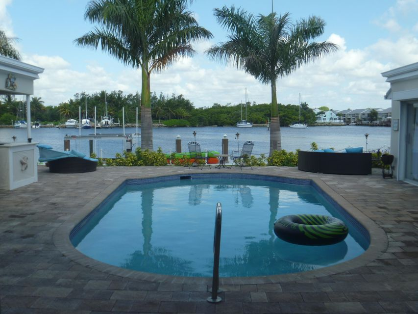 Single Family Home for Sale at 51 Spanish River Drive 51 Spanish River Drive Ocean Ridge, Florida 33435 United States