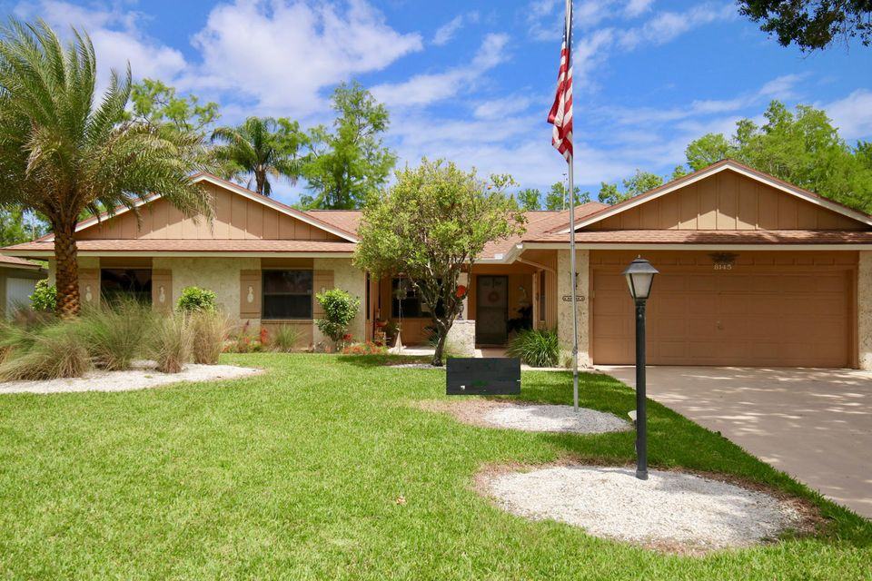 Single Family Home for Sale at 8145 SE Cypress Point Place 8145 SE Cypress Point Place Hobe Sound, Florida 33455 United States