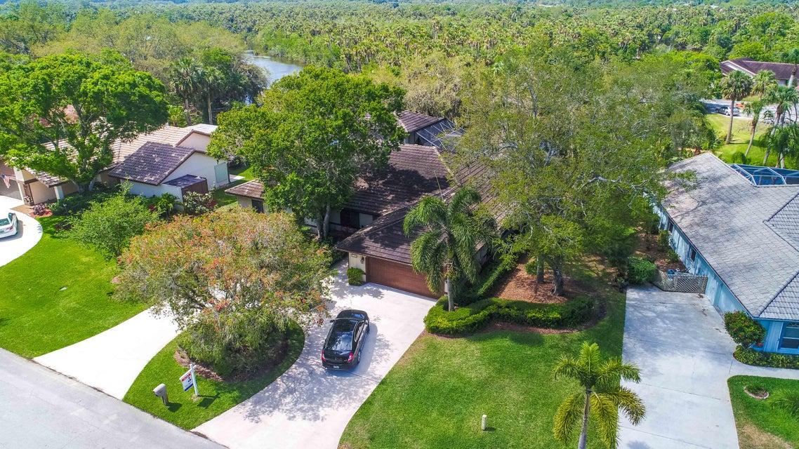 7307  Elyse Circle, Port Saint Lucie, Florida