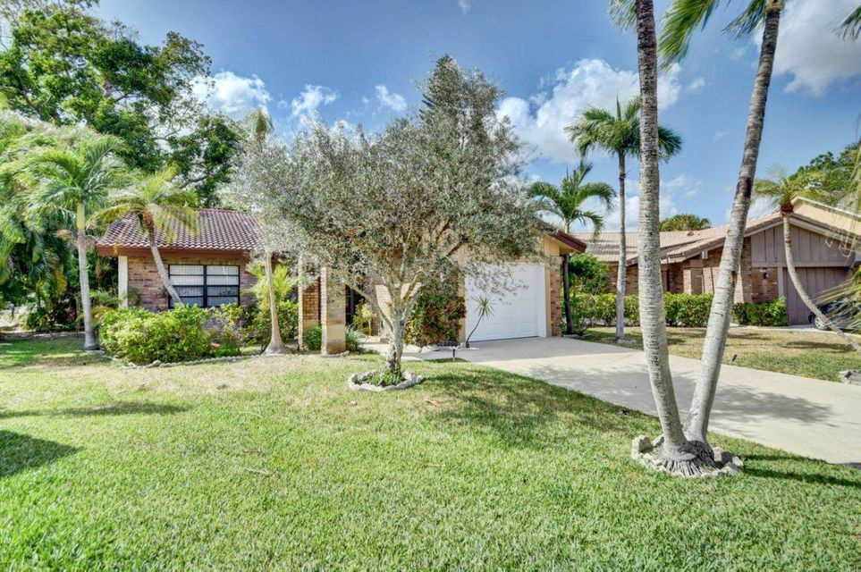 19619  Back Nine Drive is listed as MLS Listing RX-10424062 with 24 pictures