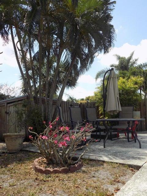 461 Park Forest Way Wellington, FL 33414 photo 15